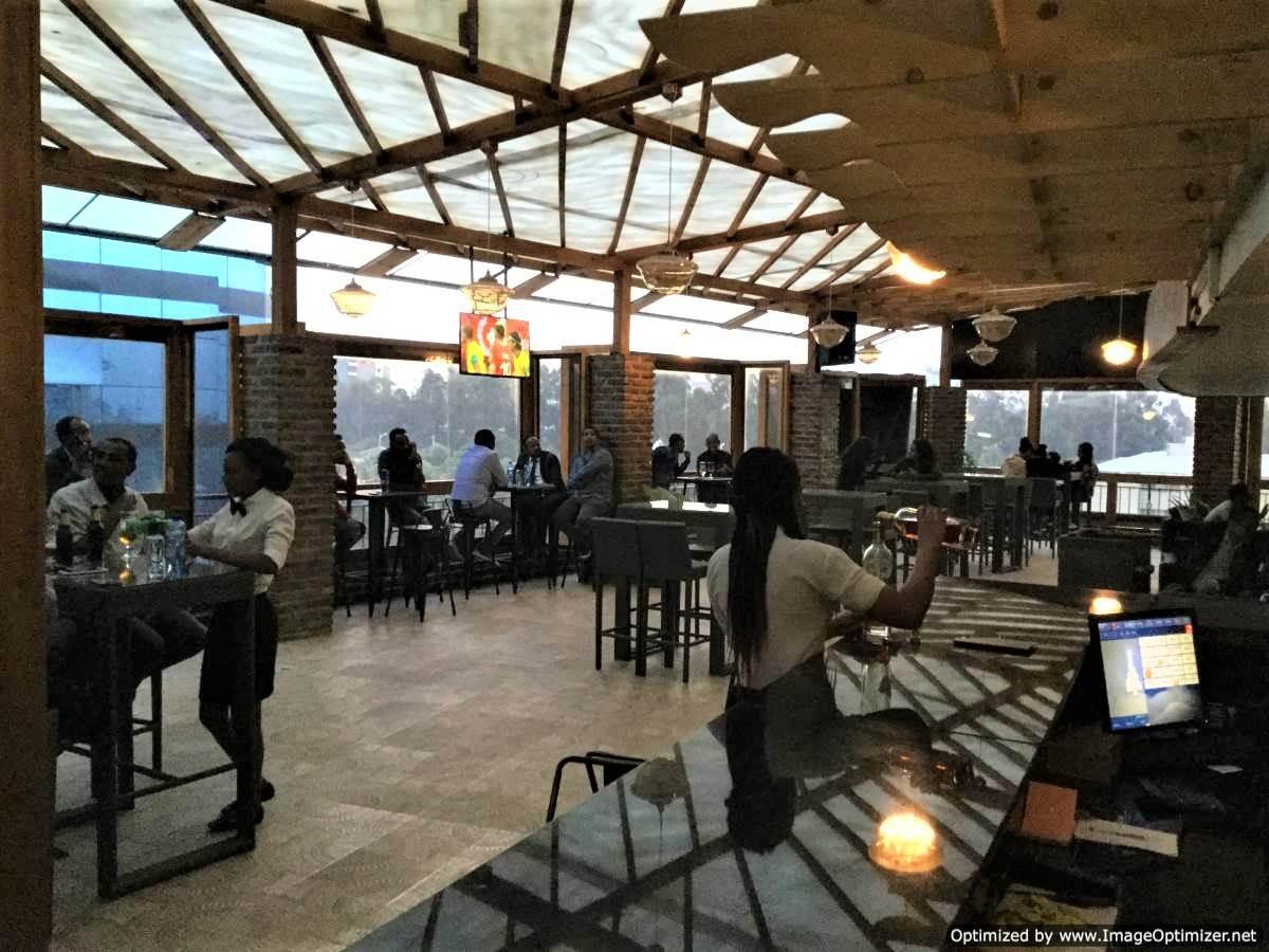 Breeze Bar & Restaurant | የት ልብላ - YetLebla com የት